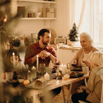 Ką daryti, jei seneliai neaplanko anūkų?