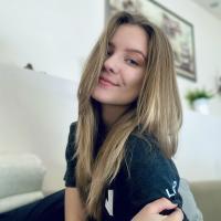 Lili K.