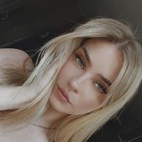 Eva J.