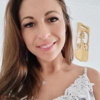 Gabriela R.