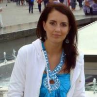 Mirka A.
